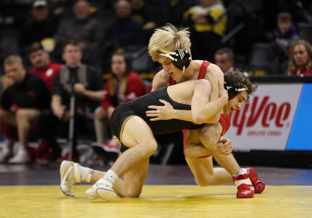 Iowa's Austin DeSanto wrestles Indiana's Paul Konrath at 133 pounds Friday, February 15, 2019 at Carver-Hawkeye Arena. (Brian Ray/hawkeyesports.com)