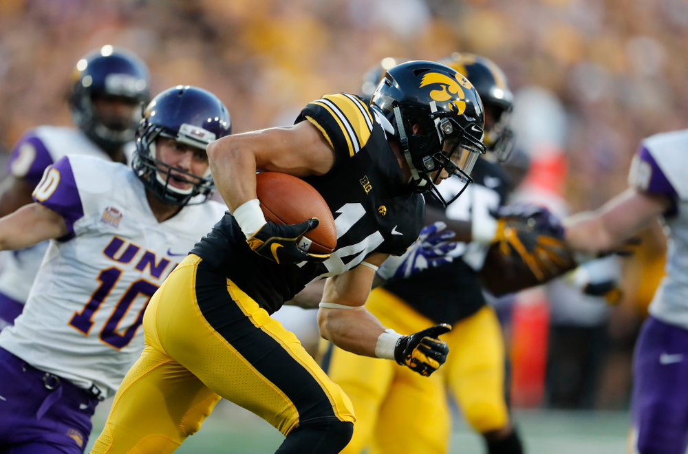 Iowa Hawkeyes wide receiver Kyle Groeneweg (14) against the Northern Iowa Panthers Saturday, September 15, 2018 at Kinnick Stadium. (Brian Ray/hawkeyesports.com)