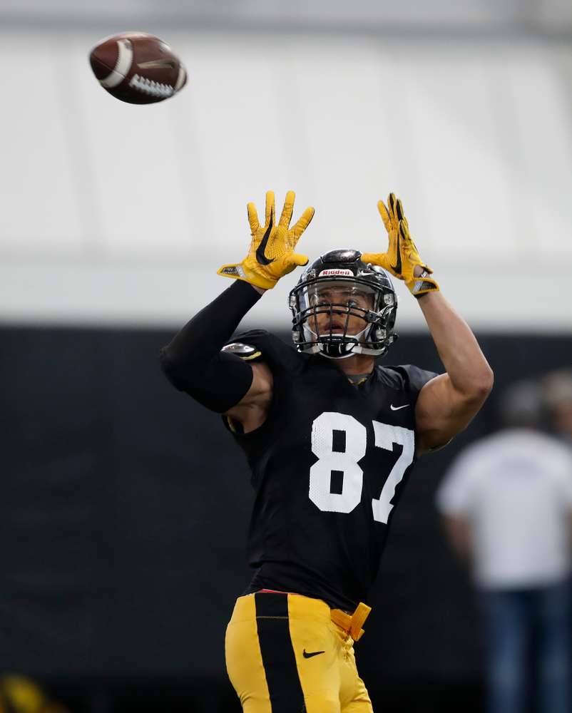 Iowa Hawkeyes tight end Noah Fant (87) during spring practice  Saturday, March 31, 2018 at the Hansen Football Performance Center. (Brian Ray/hawkeyesports.com)