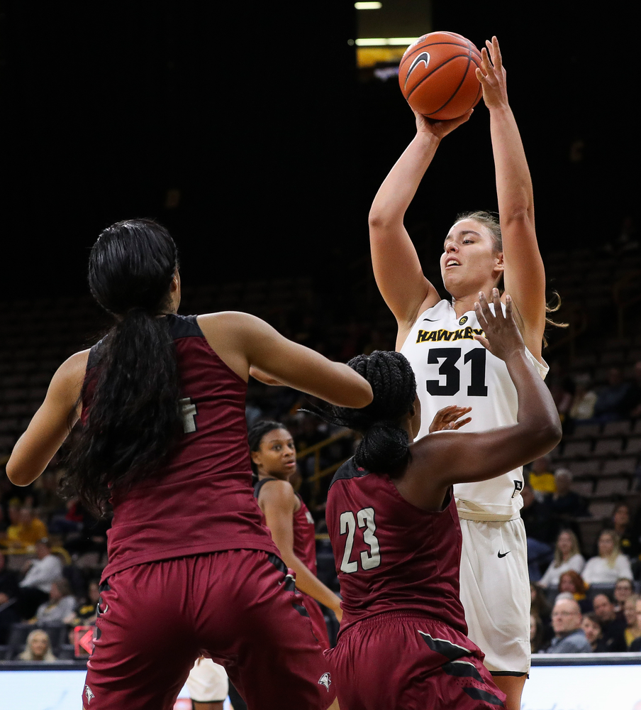Iowa Hawkeyes forward Paula Valino Ramos (31) passes the ball during a game against North Carolina Central at Carver-Hawkeye Arena on November 17, 2018. (Tork Mason/hawkeyesports.com)