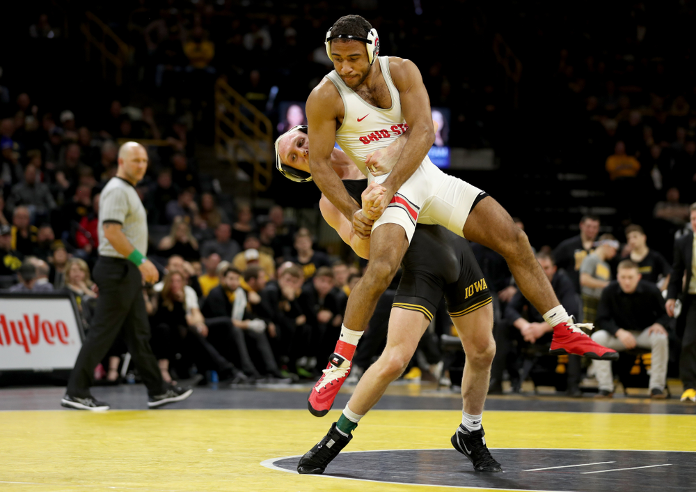 Iowa's Kaleb Young wrestles Ohio State's Elijah Cleary at 157 pounds Friday, January 24, 2020 at Carver-Hawkeye Arena. Young won the match with a 4-1. (Brian Ray/hawkeyesports.com)