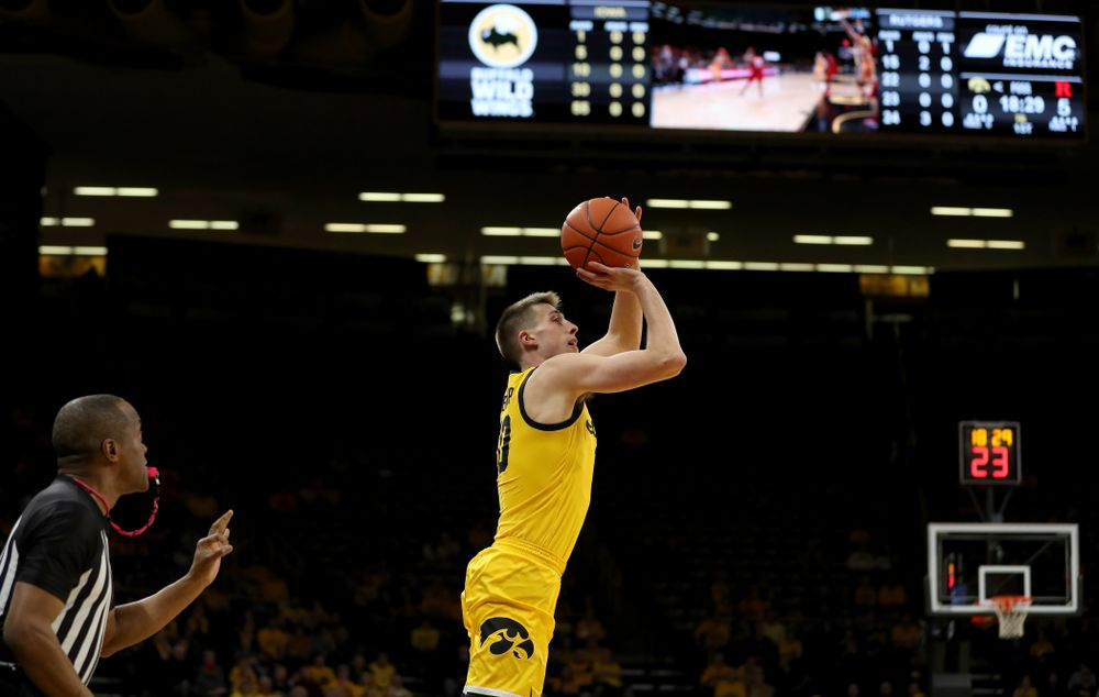 Iowa Hawkeyes guard Joe Wieskamp (10) knocks down a three point basket against the Rutgers Scarlet Knights  Wednesday, January 22, 2020 at Carver-Hawkeye Arena. (Brian Ray/hawkeyesports.com)
