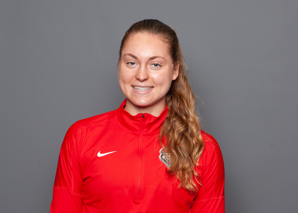 Maddie Velasquez - Track & Field - University of New Mexico Lobos Athletics