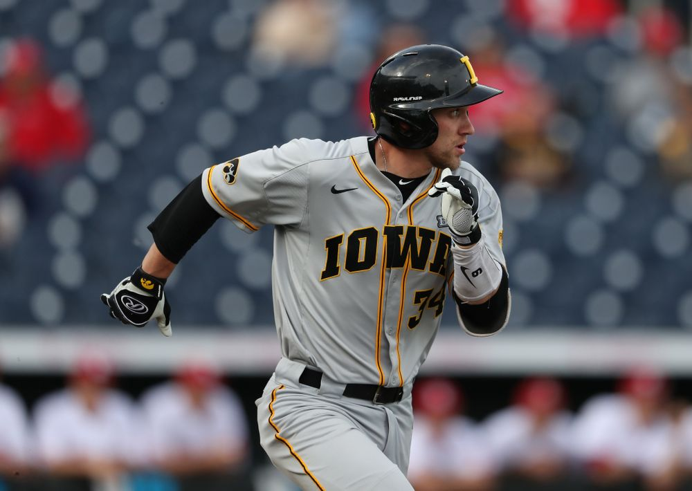 Iowa Hawkeyes catcher Austin Martin (34) against the Indiana Hoosiers in the first round of the Big Ten Baseball Tournament Wednesday, May 22, 2019 at TD Ameritrade Park in Omaha, Neb. (Brian Ray/hawkeyesports.com)