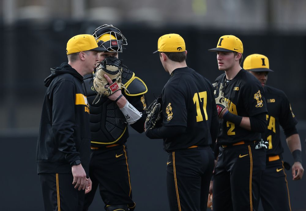 Volunteer assistant pitching coach Tom Gorzelanny against Simpson College Tuesday, March 19, 2019 at Duane Banks Field. (Brian Ray/hawkeyesports.com)
