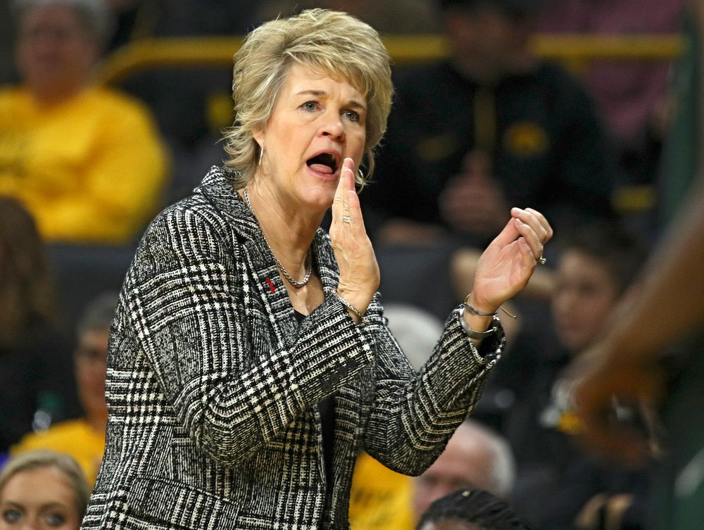 Iowa Hawkeyes head coach Lisa Bluder claps during the third quarter of their game at Carver-Hawkeye Arena in Iowa City on Sunday, January 26, 2020. (Stephen Mally/hawkeyesports.com)