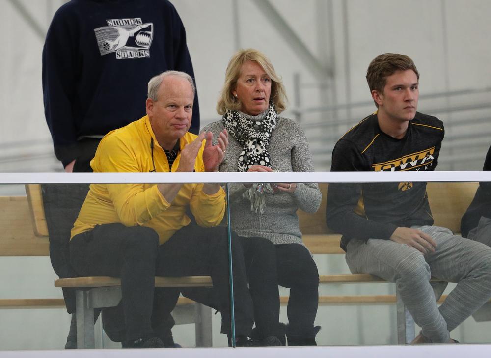 against Western Michigan Saturday, January 19, 2019 at the Hawkeye Tennis and Recreation Complex. (Brian Ray/hawkeyesports.com)