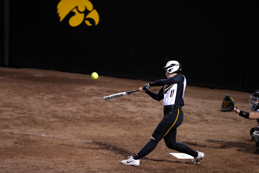 Iowa Hawkeyes starting pitcher/relief pitcher Mallory Kilian (11) against Western Illinois Tuesday, April 17, 2018 at Bob Pearl Field. (Brian Ray/hawkeyesports.com)