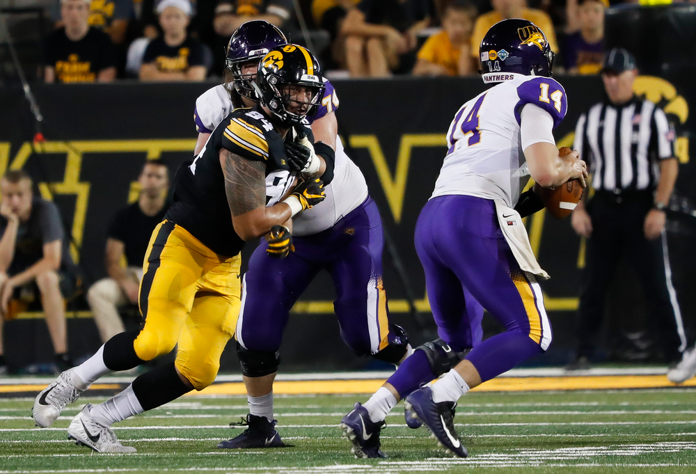 Iowa Hawkeyes defensive end A.J. Epenesa (94) rushes the quarterback during a game against Northern Iowa at Kinnick Stadium on September 15, 2018. (Tork Mason/hawkeyesports.com)