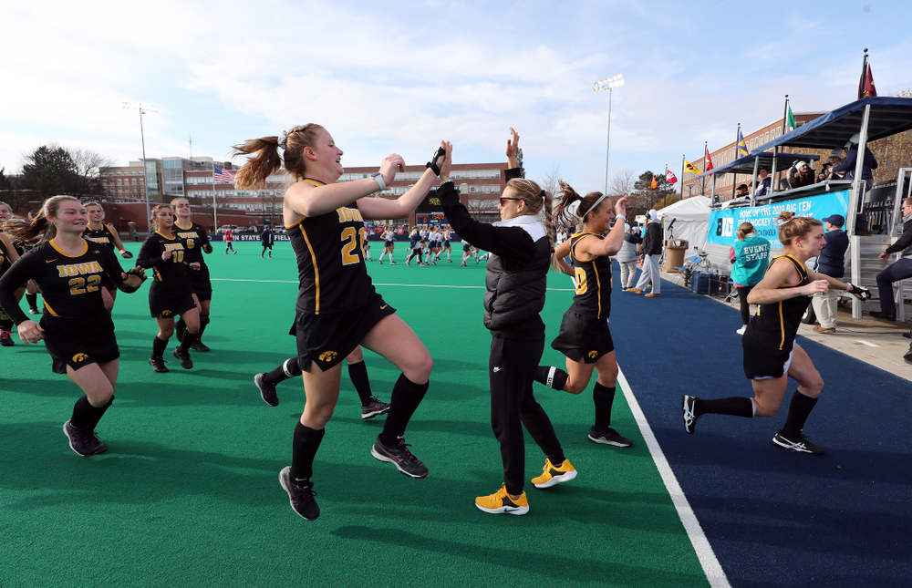 Iowa Hawkeyes Makenna Maguire (21) and assistant coach Roz Ellis against Penn State in the 2019 Big Ten Field Hockey Tournament Championship Game Sunday, November 10, 2019 in State College. (Brian Ray/hawkeyesports.com)
