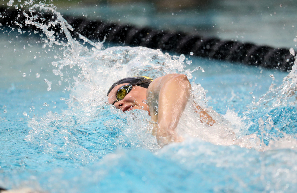 IowaÕs Sarah Schemmel competes in the 50 yard freestyle against Notre Dame and Illinois Saturday, January 11, 2020 at the Campus Recreation and Wellness Center.  (Brian Ray/hawkeyesports.com)