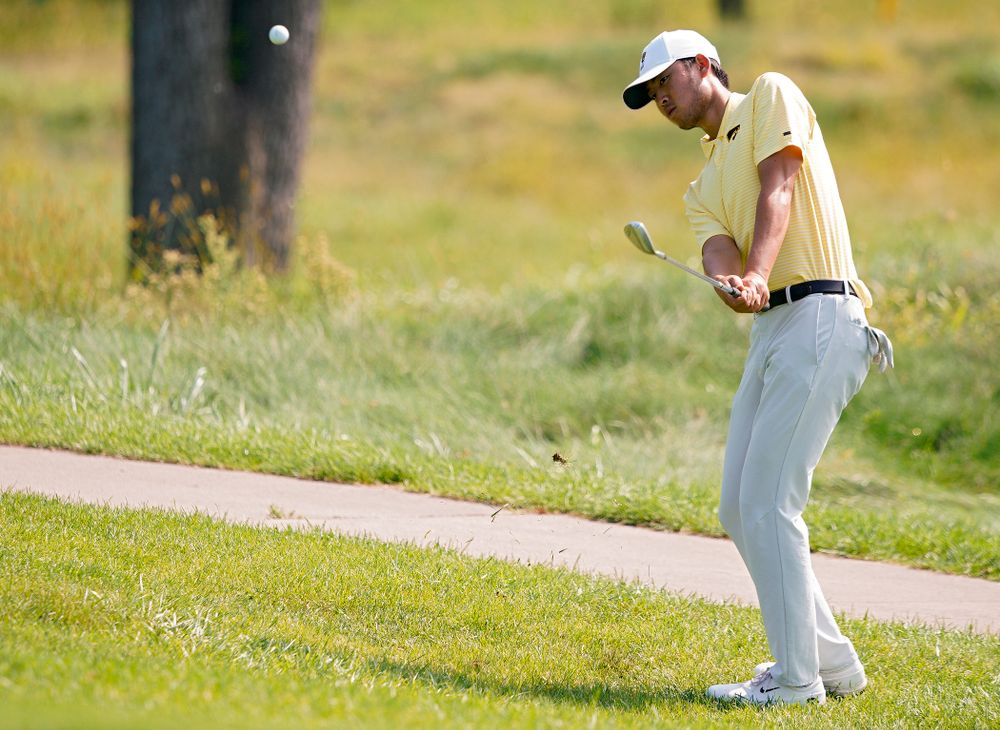 Iowa's Joe Kim chips onto the green during the third day of the Golfweek Conference Challenge at the Cedar Rapids Country Club in Cedar Rapids on Tuesday, Sep 17, 2019. (Stephen Mally/hawkeyesports.com)