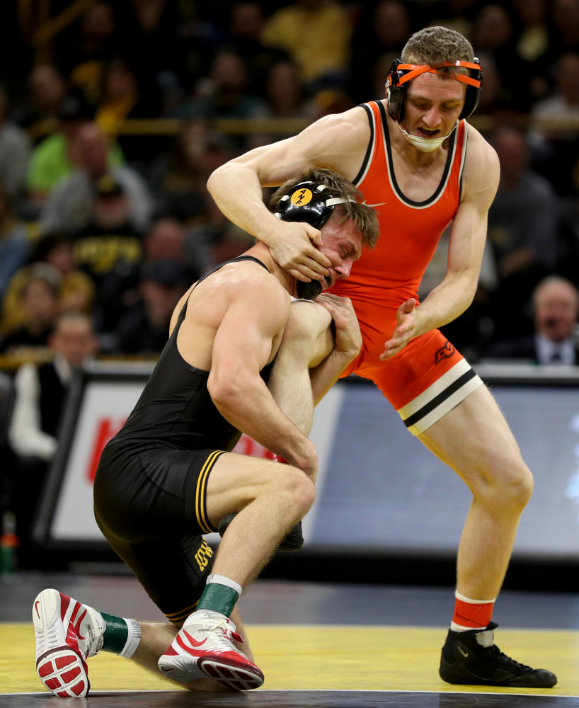 Iowa's Max Murin Wrestles Oklahoma State's Dusty Hone at 141 pounds Sunday, February 23, 2020 at Carver-Hawkeye Arena. Murin won the match 15-4. (Brian Ray/hawkeyesports.com)