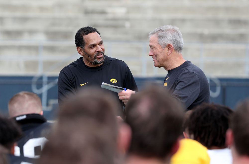 Iowa Hawkeyes head coach Kirk Ferentz introduces former Hawkeye Quinn Early during Holiday Bowl Practice No. 3  Tuesday, December 24, 2019 at San Diego Mesa College. (Brian Ray/hawkeyesports.com)
