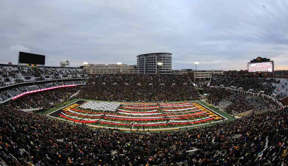 The Hawkeye Marching Band creates a giant flag on the field during halftime of the Iowa Hawkeyes game against the Northwestern Wildcats Saturday, November 10, 2018 at Kinnick Stadium. (Brian Ray/hawkeyesports.com)