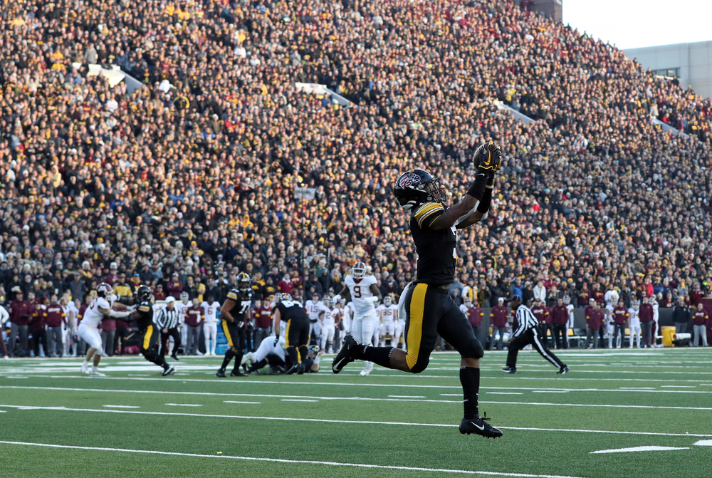 Iowa Hawkeyes wide receiver Tyrone Tracy Jr. (3) against the Minnesota Golden Gophers Saturday, November 16, 2019 at Kinnick Stadium. (Brian Ray/hawkeyesports.com)