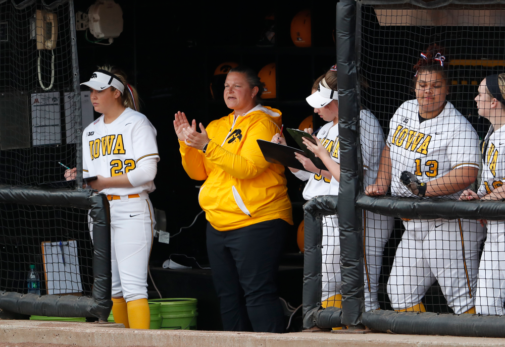 Iowa Hawkeyes head coach Marla Looper against the Minnesota Golden Gophers  Thursday, April 12, 2018 at Bob Pearl Field. (Brian Ray/hawkeyesports.com)