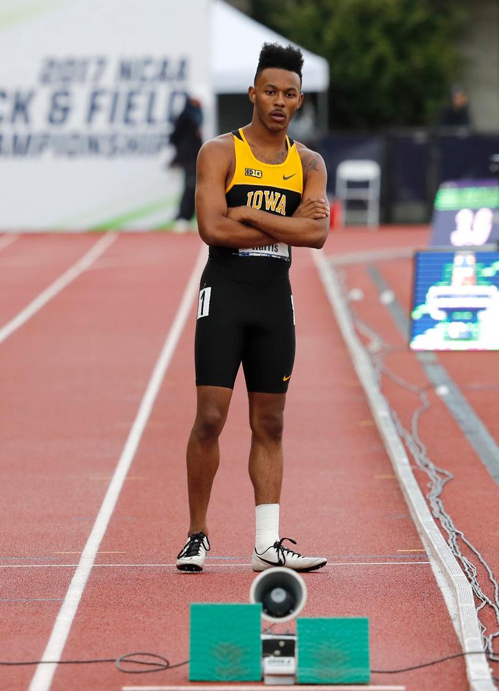 Mar'yea Harris -- 4x400 relay