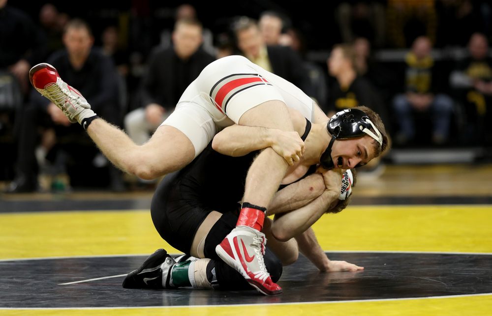 Iowa's Spencer Lee wrestles Ohio State's Hunter Lucas at 125 pounds Friday, January 24, 2020 at Carver-Hawkeye Arena. Lee won the match with a 16-3 tech fall. (Brian Ray/hawkeyesports.com)