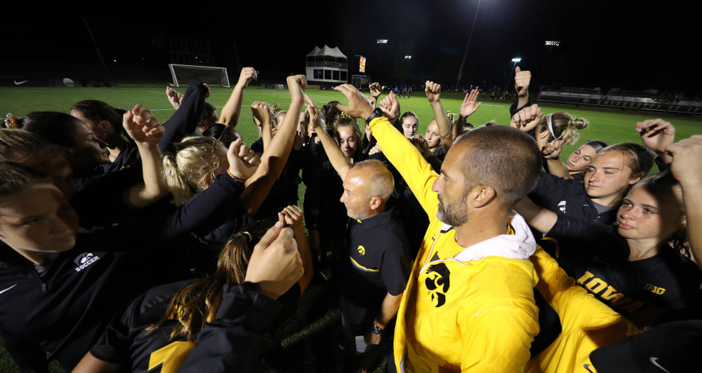 Iowa Hawkeyes head coach Dave DiIanni breaks it down with his team following their  2-1 victory over the Iowa State Cyclones Thursday, August 29, 2019 in the Iowa Corn Cy-Hawk series at the Iowa Soccer Complex. (Brian Ray/hawkeyesports.com)