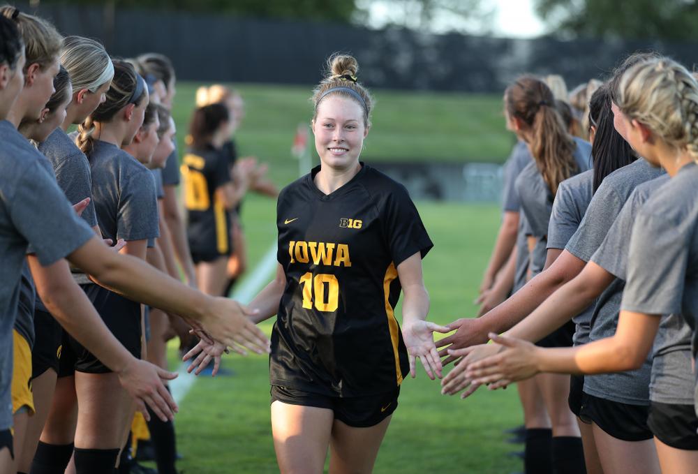 Iowa Hawkeyes midfielder/defender Natalie Winters (10) against Western Michigan Thursday, August 22, 2019 at the Iowa Soccer Complex. (Brian Ray/hawkeyesports.com)