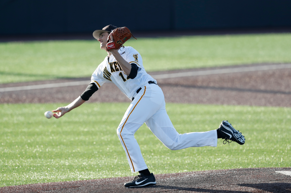 Iowa Hawkeyes pitcher Nick Nelsen (12) against Northern Illinois Tuesday, April 17, 2018 at Duane Banks Field. (Brian Ray/hawkeyesports.com)