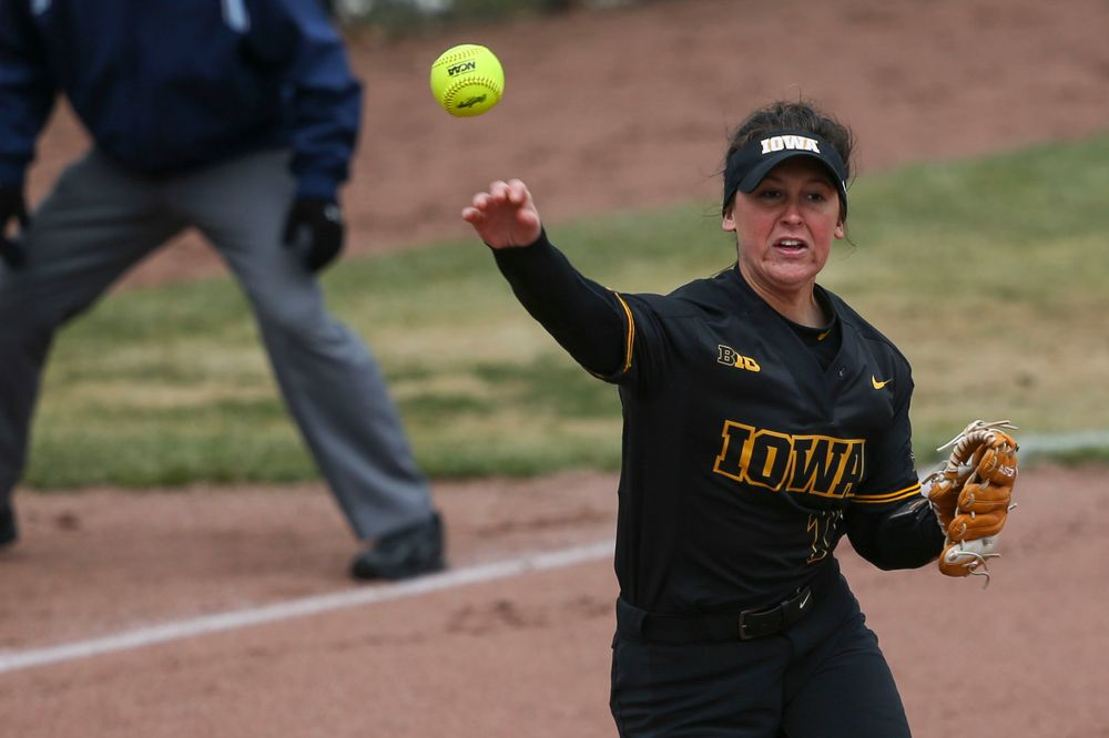 Iowa's Mallory Kilian (11) at game 2 vs Northwestern on Saturday, March 30, 2019 at Bob Pearl Field. (Lily Smith/hawkeyesports.com)