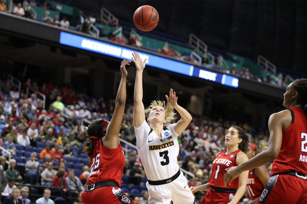 Iowa Hawkeyes guard Makenzie Meyer (3) against the NC State Wolfpack in the regional semi-final of the 2019 NCAA Women's College Basketball Tournament Saturday, March 30, 2019 at Greensboro Coliseum in Greensboro, NC.(Brian Ray/hawkeyesports.com)