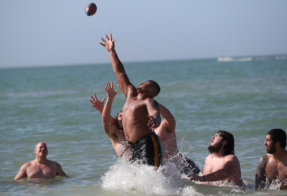 Iowa Hawkeyes offensive lineman Tristan Wirfs (74) during the Outback Bowl Beach Day Sunday, December 30, 2018 at Clearwater Beach. (Brian Ray/hawkeyesports.com)