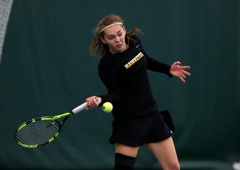 Zoe Douglas against Ohio State Sunday, March 25, 2018 at the Hawkeye Tennis and Recreation Center. (Brian Ray/hawkeyesports.com)