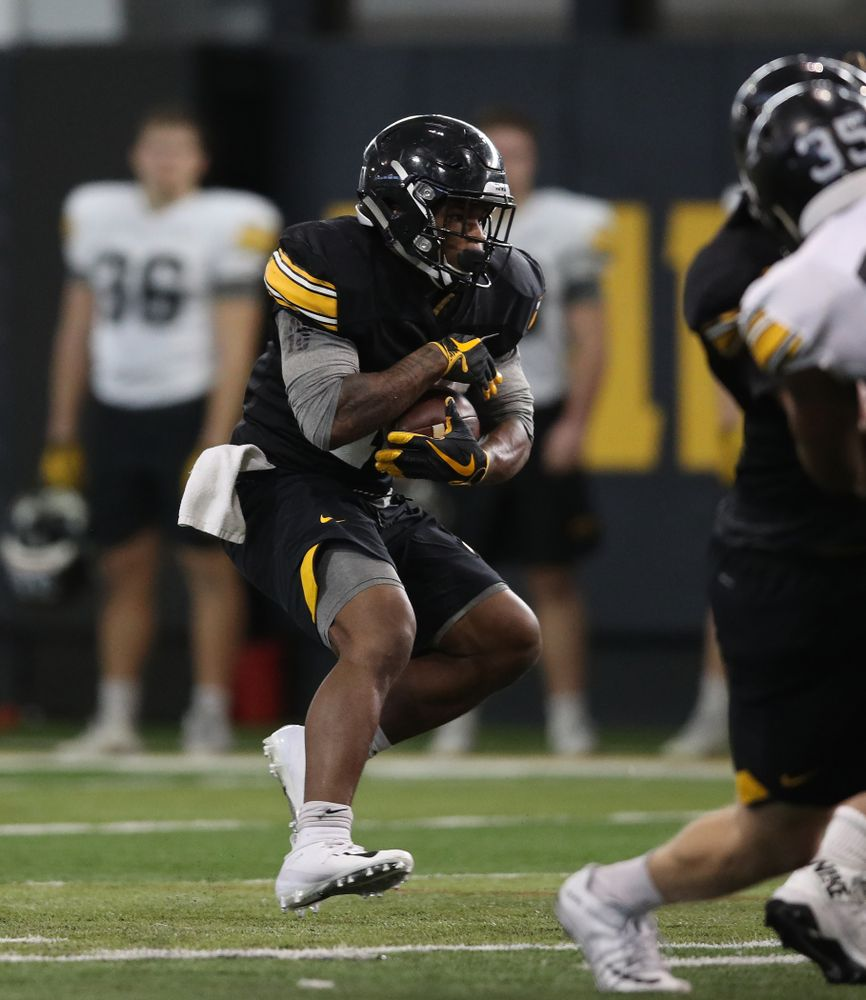 Iowa Hawkeyes running back Mekhi Sargent (10) during preparation for the 2019 Outback Bowl Monday, December 17, 2018 at the Hansen Football Performance Center. (Brian Ray/hawkeyesports.com)
