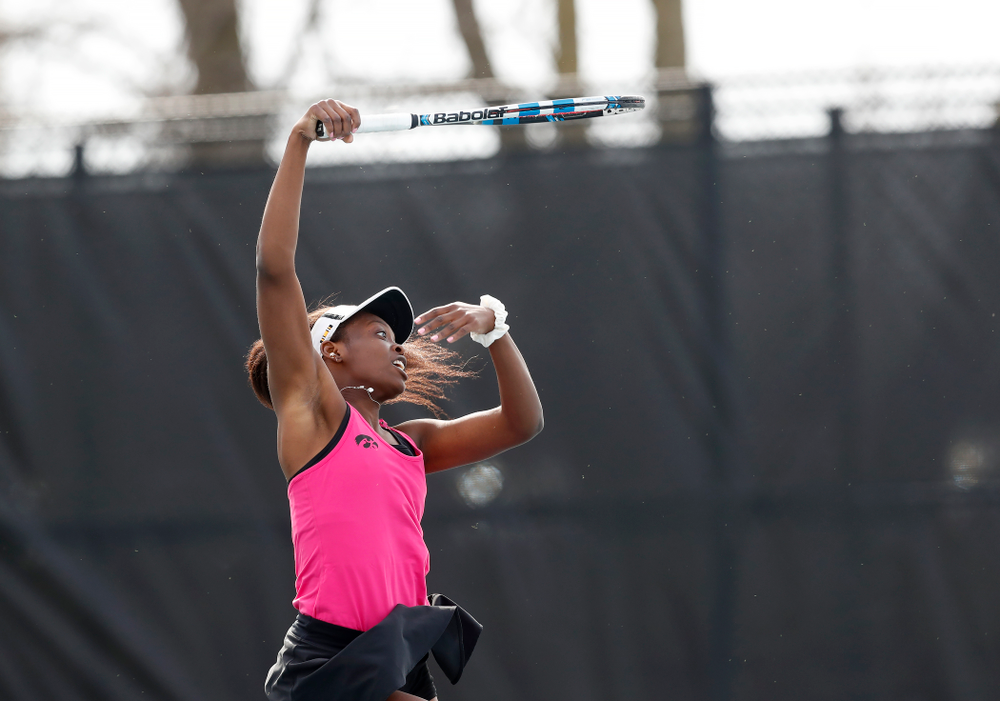 against Minnesota Friday, April 20, 2018 at the Hawkeye Tennis and Recreation Center. (Brian Ray/hawkeyesports.com)