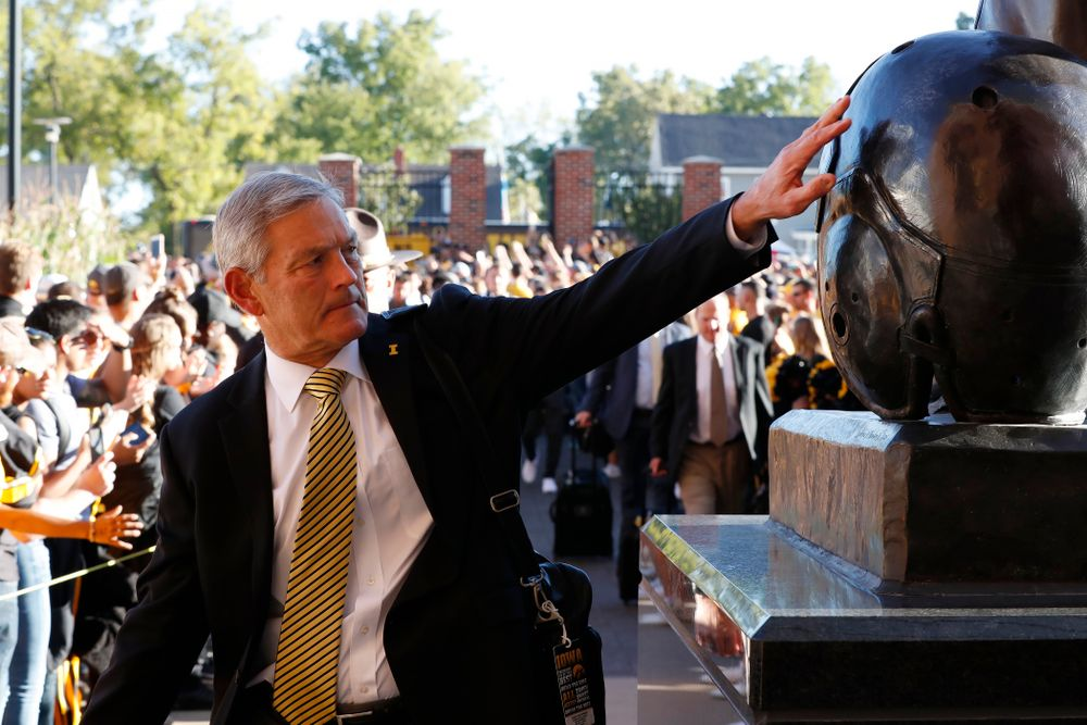 Iowa Hawkeyes head coach Kirk Ferentz against the Wisconsin Badgers Saturday, September 22, 2018 at Kinnick Stadium. (Brian Ray/hawkeyesports.com)
