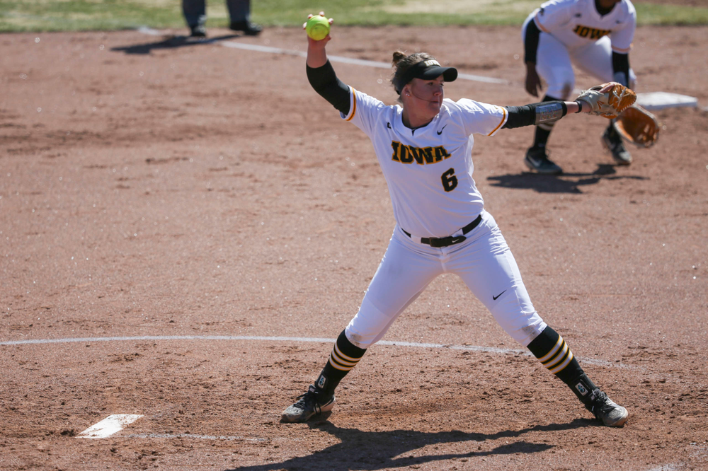 Iowa pitcher Erin Riding (6) at game 3 vs Northwestern on Sunday, March 31, 2019 at Bob Pearl Field. (Lily Smith/hawkeyesports.com)
