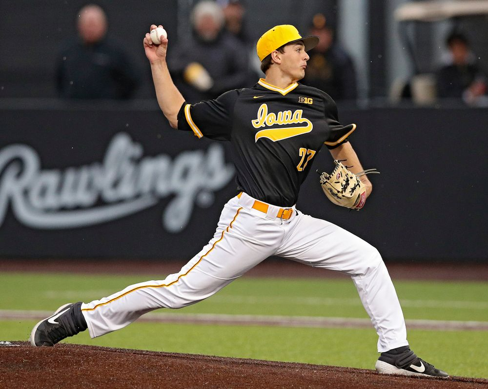 Iowa Hawkeyes pitcher Jason Foster (27) delivers to the plate during the seventh inning of their game against Illinois State at Duane Banks Field in Iowa City on Wednesday, Apr. 3, 2019. (Stephen Mally/hawkeyesports.com)