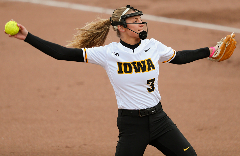 Iowa pitcher Allison Doocy (3) delivers to the plate during the first inning of their game against Illinois at Pearl Field in Iowa City on Friday, Apr. 12, 2019. (Stephen Mally/hawkeyesports.com)