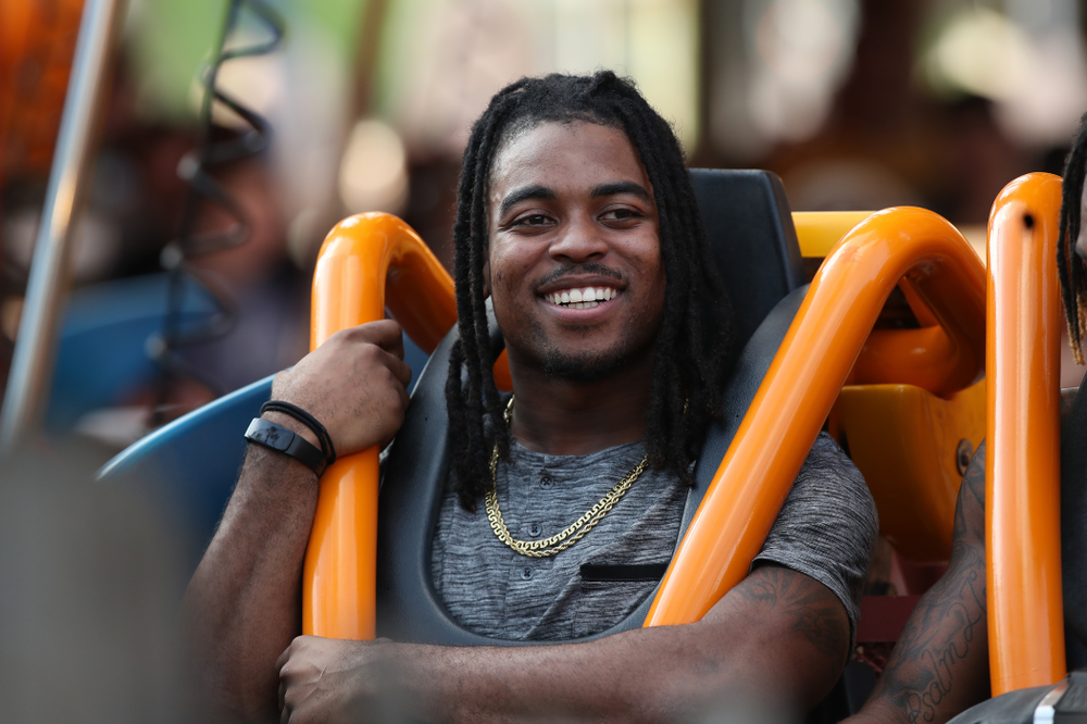 Iowa Hawkeyes defensive back Devonte Young (17) rides Falcon's Fury during an Outback Bowl team event Saturday, December 29, 2018 at Busch Gardens in Tampa, FL. (Brian Ray/hawkeyesports.com)