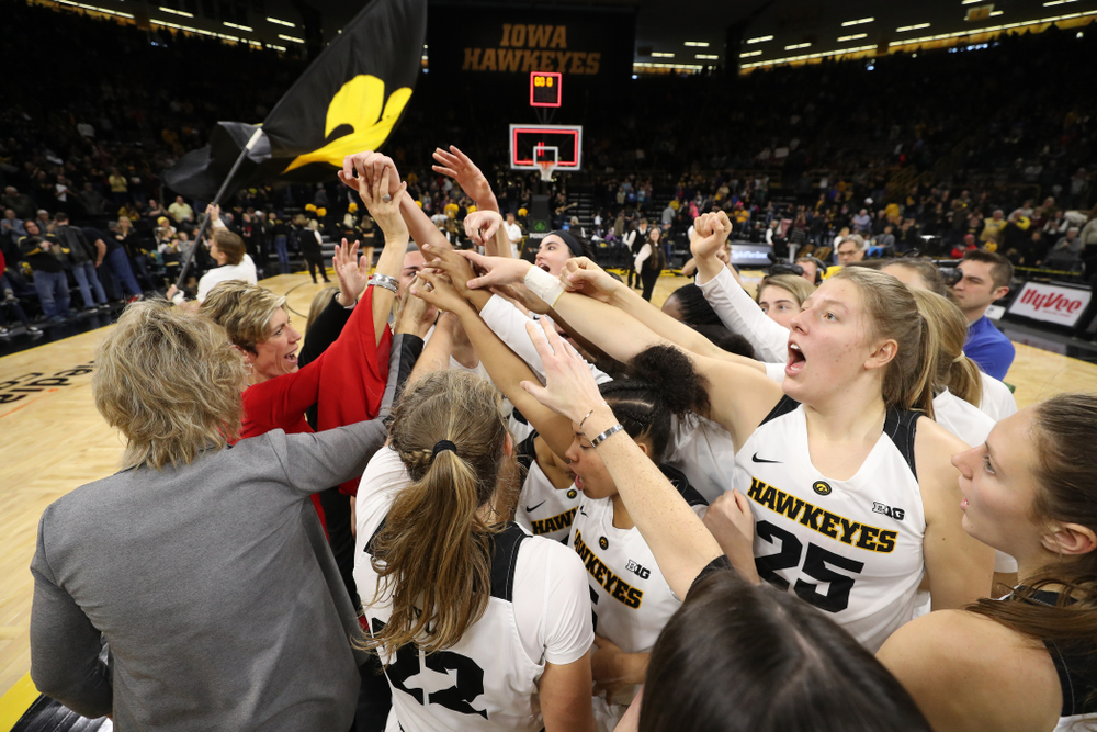 The Iowa Hawkeyes celebrate their win against the Purdue Boilermakers Sunday, January 27, 2019 at Carver-Hawkeye Arena. (Brian Ray/hawkeyesports.com)