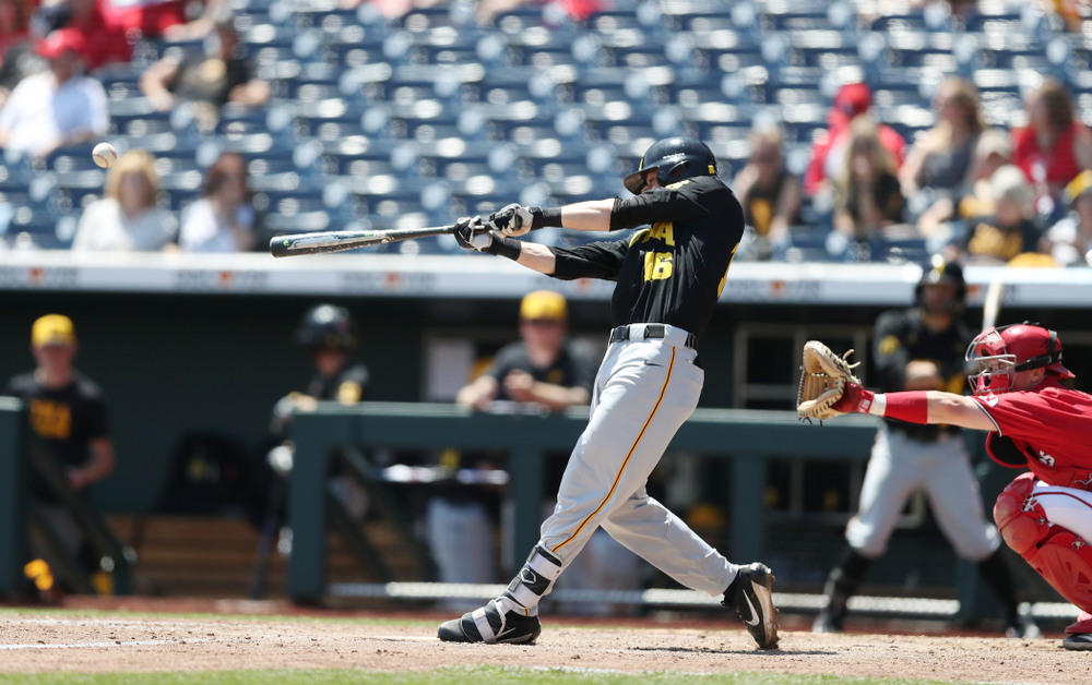Iowa Hawkeyes Tanner Wetrich (16) against the Nebraska Cornhuskers in the first round of the Big Ten Baseball Tournament Friday, May 24, 2019 at TD Ameritrade Park in Omaha, Neb. (Brian Ray/hawkeyesports.com)