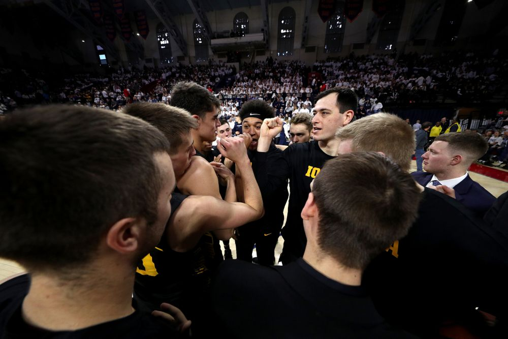 The Iowa Hawkeyes gather before their game against Penn State Saturday, January 4, 2020 at the Palestra in Philadelphia. (Brian Ray/hawkeyesports.com)