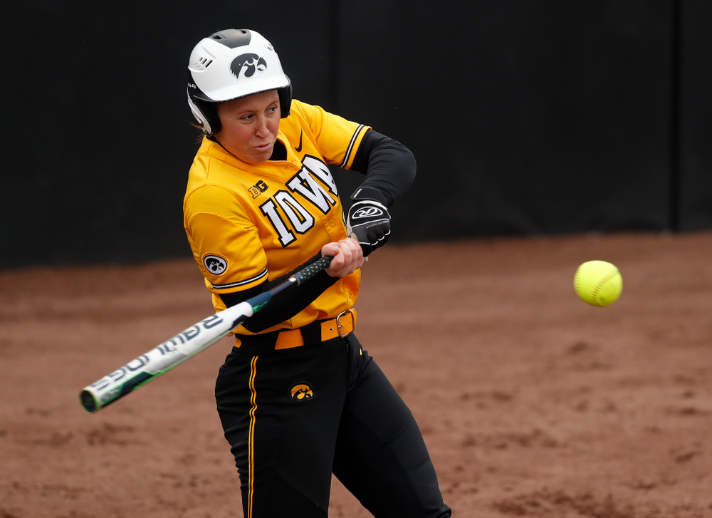 Iowa Hawkeyes starting pitcher/relief pitcher Mallory Kilian (11) against UW Green Bay Tuesday, March 27, 2018 at Bob Pearl Field. (Brian Ray/hawkeyesports.com)
