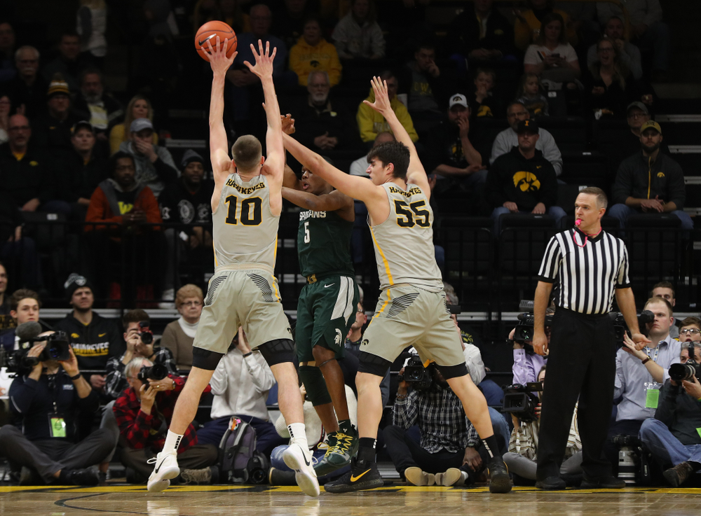 Iowa Hawkeyes guard Joe Wieskamp (10) and forward Luka Garza (55) against the Michigan State Spartans Thursday, January 24, 2019 at Carver-Hawkeye Arena. (Brian Ray/hawkeyesports.com)