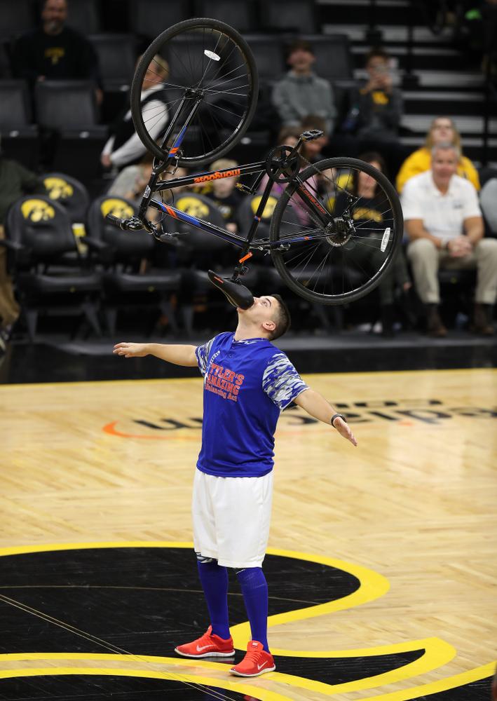 Tyler's Amazing Balancing Act against the Nebraska Cornhuskers Sunday, January 6, 2019 at Carver-Hawkeye Arena. (Brian Ray/hawkeyesports.com)