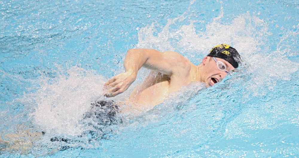 Iowa's Samuel Dumford swims the men's 200 yard freestyle event during their meet at the Campus Recreation and Wellness Center in Iowa City on Friday, February 7, 2020. (Stephen Mally/hawkeyesports.com)