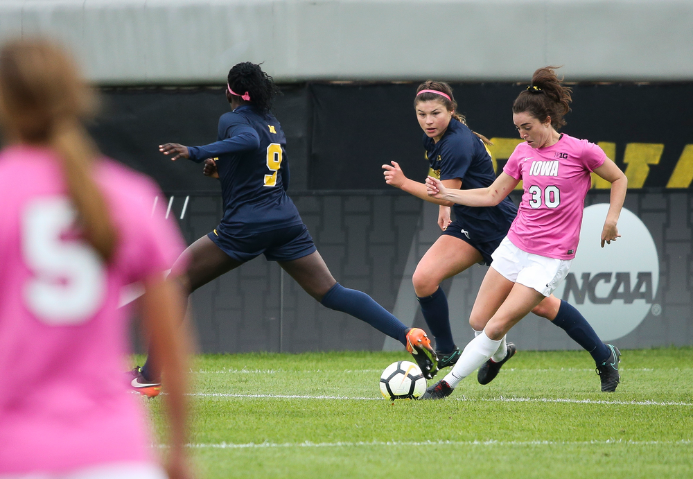 Iowa Hawkeyes forward Devin Burns (30) dribbles the ball during a game against Michigan at the Iowa Soccer Complex on October 14, 2018. (Tork Mason/hawkeyesports.com)