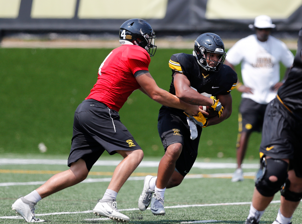 Iowa Hawkeyes running back Toren Young (28) during fall camp practice No. 9 Friday, August 10, 2018 at the Kenyon Practice Facility. (Brian Ray/hawkeyesports.com)