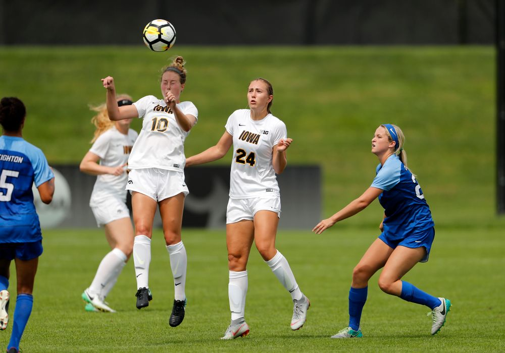 Iowa Hawkeyes Natalie Winters (10) against the Creighton Bluejays  Sunday, August 19, 2018 at the Iowa Soccer Complex. (Brian Ray/hawkeyesports.com)