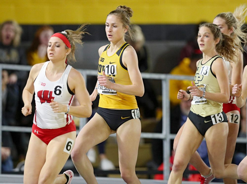 Iowa's Elyse Prescott runs the women's 3000 meter run premier event during the Larry Wieczorek Invitational at the Recreation Building in Iowa City on Saturday, January 18, 2020. (Stephen Mally/hawkeyesports.com)
