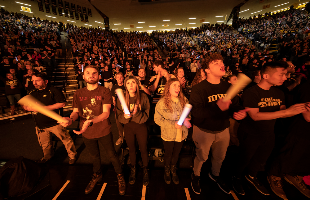 Fans cheer for the Iowa Hawkeyes as they wrestle Ohio State Friday, January 24, 2020 at Carver-Hawkeye Arena. (Brian Ray/hawkeyesports.com)