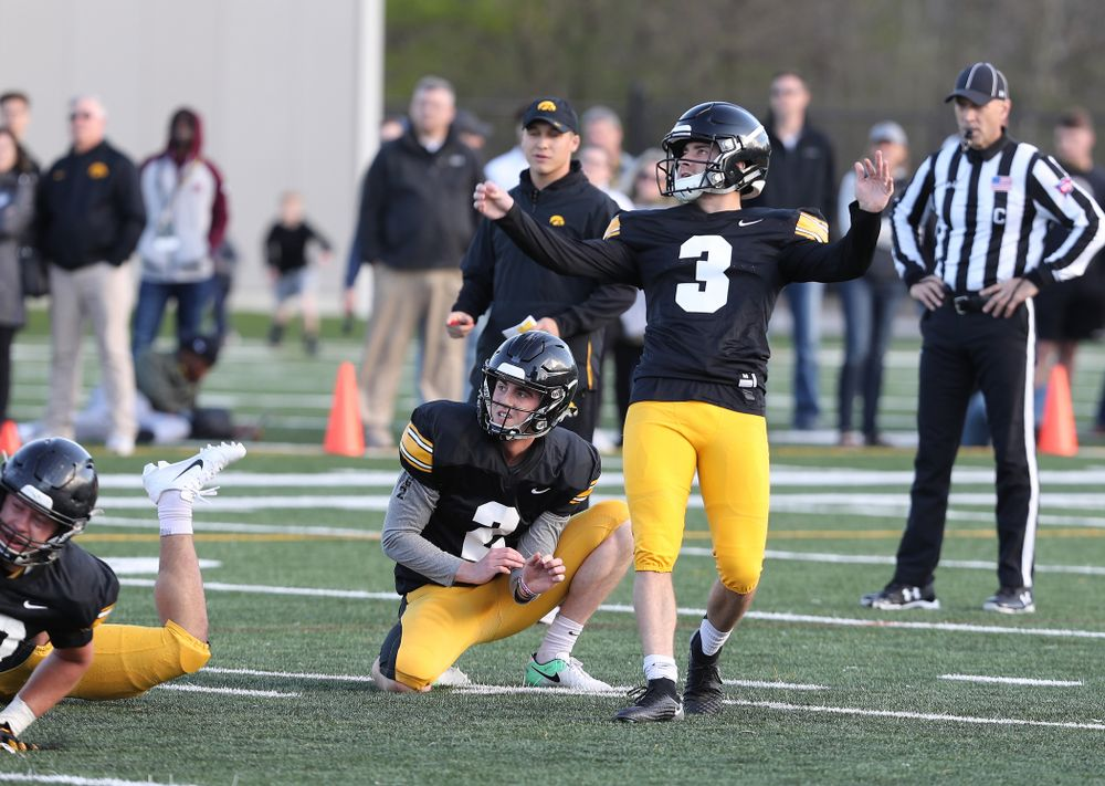 Iowa Hawkeyes place kicker Keith Duncan (3) during the teamÕs final spring practice Friday, April 26, 2019 at the Kenyon Football Practice Facility. (Brian Ray/hawkeyesports.com)